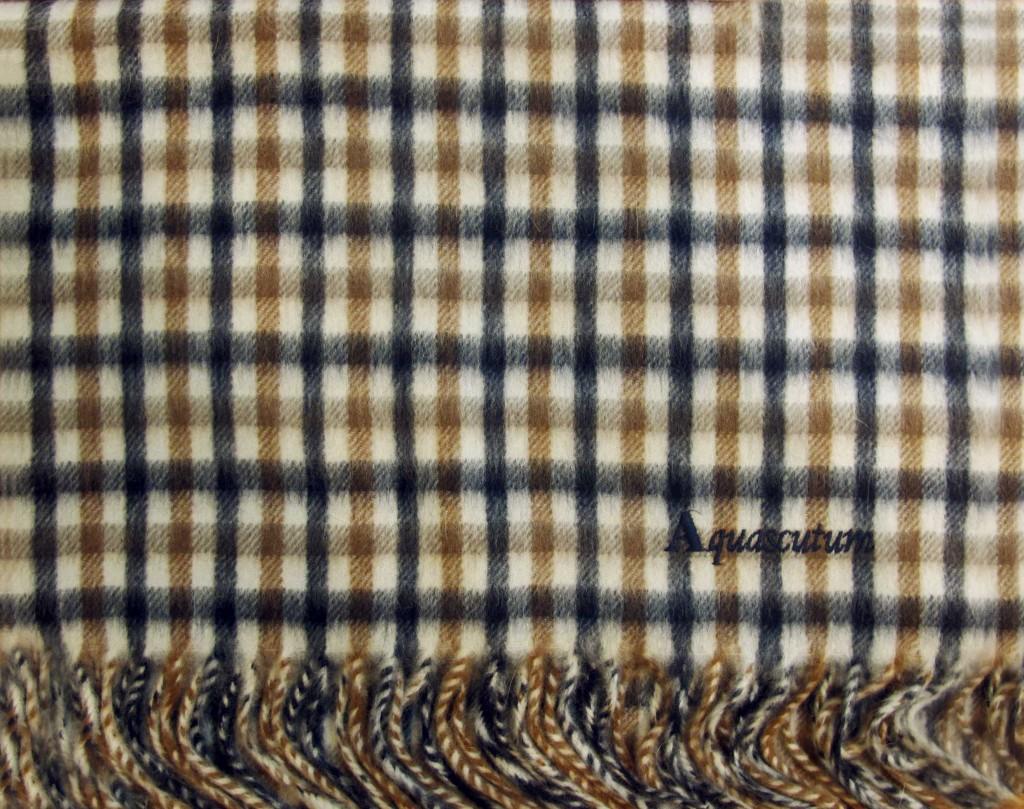 nuovo di zecca 0ab85 e56fd Sciarpa Aquascutum of London - Boutique a Roma - E-Shop