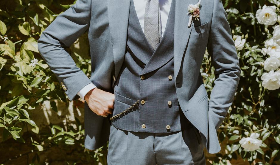 Da Cerruti Roma trovi l'eleganza dell'abbigliamento uomo a Roma. Scopri i nostri brand, Aquascutum London, Fred Perry, Giannetto Portofino e Gerba.