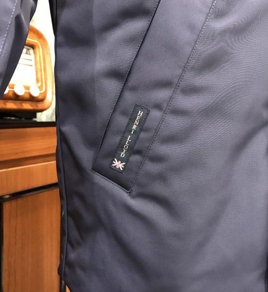 Tasca_etichetta_consort_jacket
