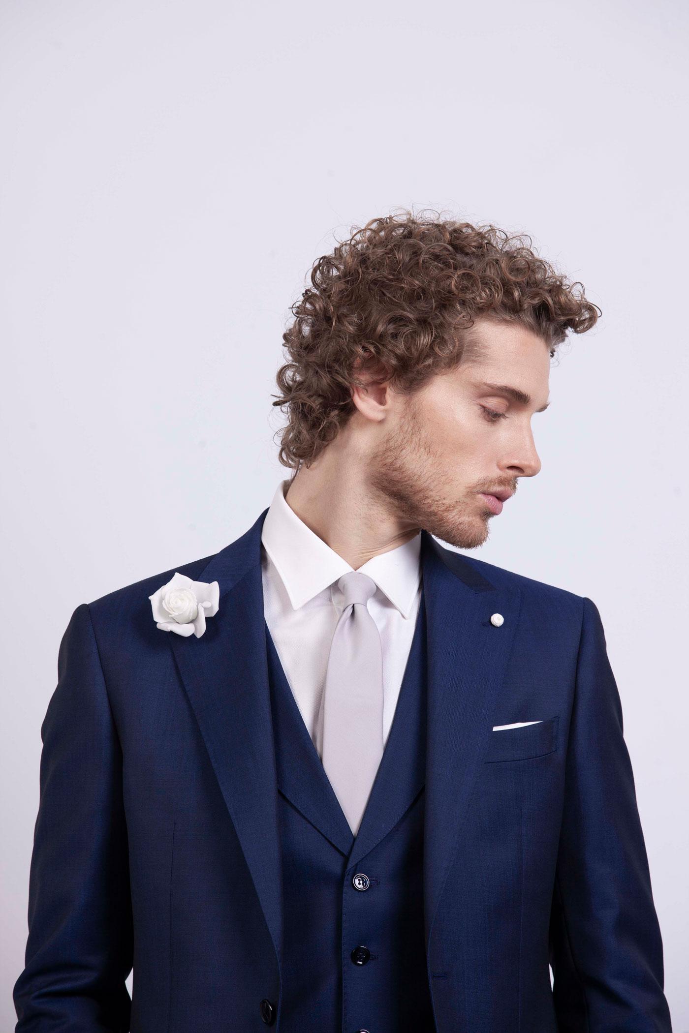 abito da sposo classico