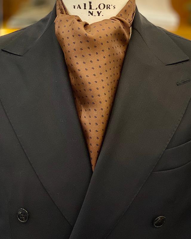 Ascot marrone seta